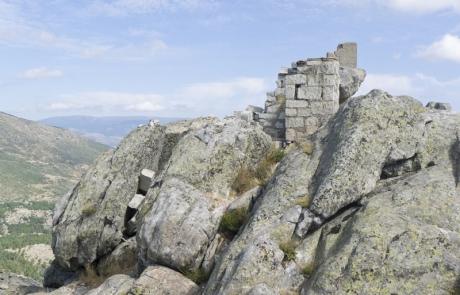 Ruinas del refugio del Cancho Gordo